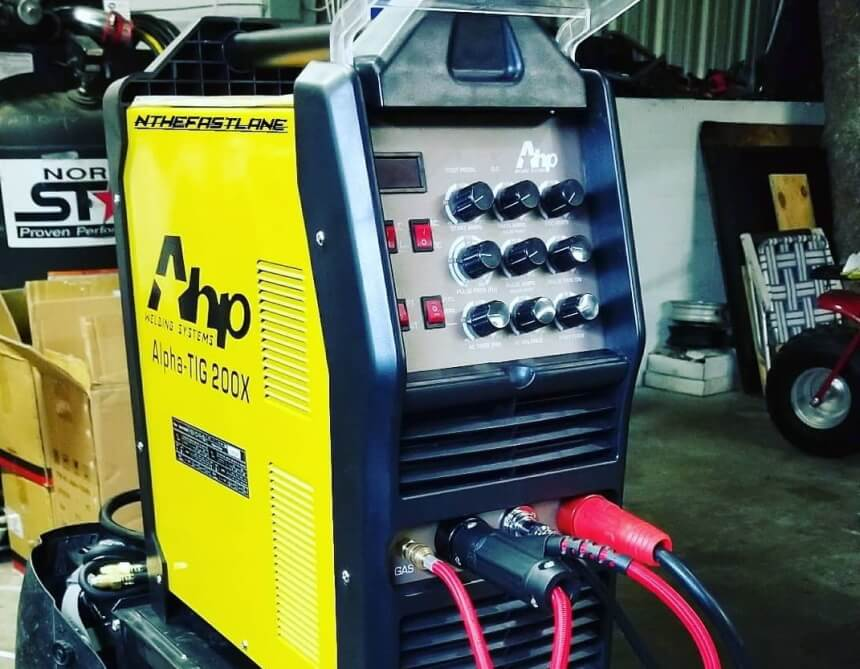 7 Best TIG Welders for Aluminum- Get the Cleanest and Best-Looking Weld!